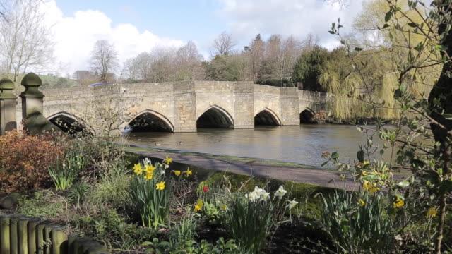 river wye & bridge, bakewell, derbyshire, england, uk, europe - derbyshire stock videos & royalty-free footage