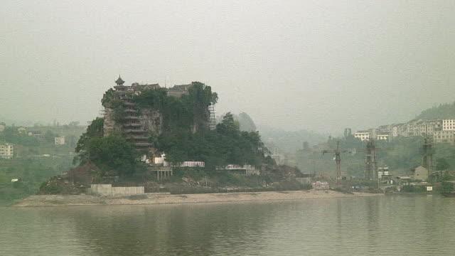 WS POV Riverside architecture, Upriver of 3 Gorges Dam, China