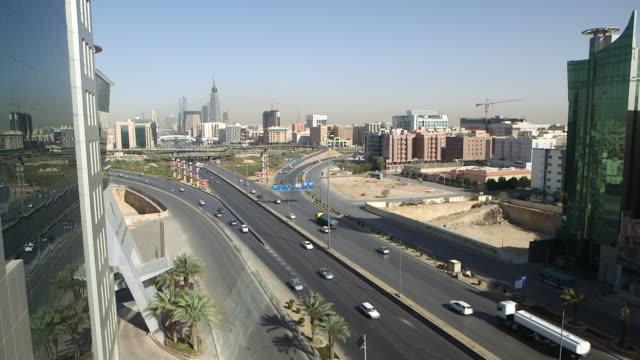 riyadh roads. high-angle of traffic on highways entering and leaving the city. - riyadh stock videos & royalty-free footage