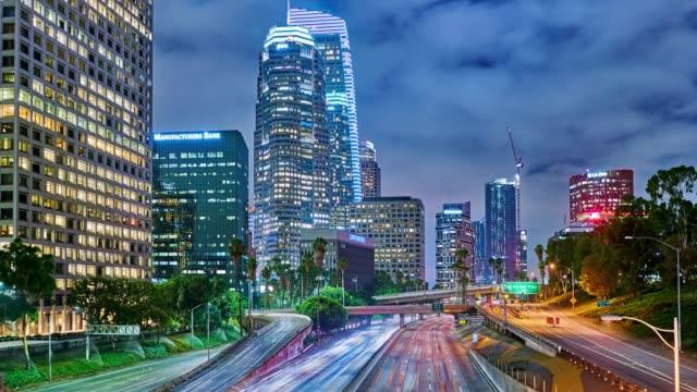 Route et ville. Los Angeles