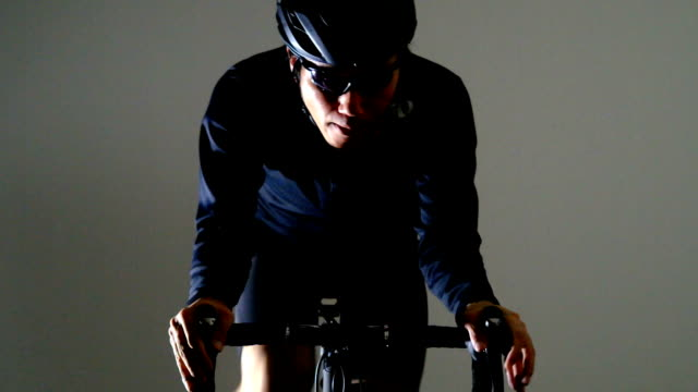 vidéos et rushes de vélo de route sport -winter jesey- - selle