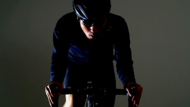 vidéos et rushes de vélo de route sport -winter & supply- - selle