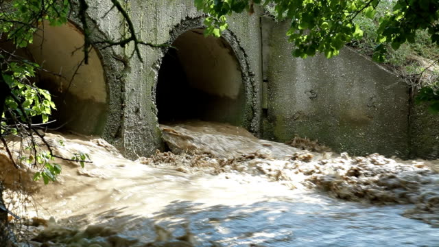 road bridge during the flood - mud stock videos & royalty-free footage