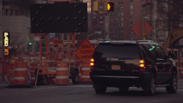road closed for construction in manhattan - blinking arrow stock videos & royalty-free footage