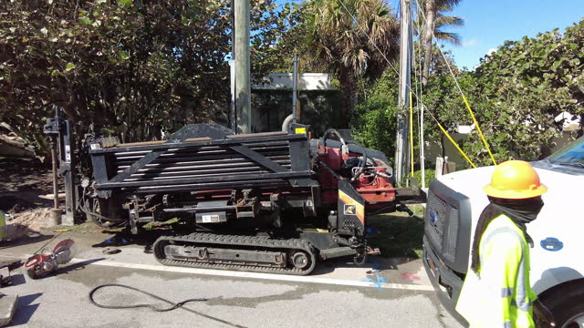 road construction outside of the mar-a-lago club - mar video stock e b–roll