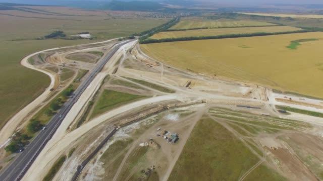 vídeos y material grabado en eventos de stock de antena: construcción de carreteras de - multicóptero