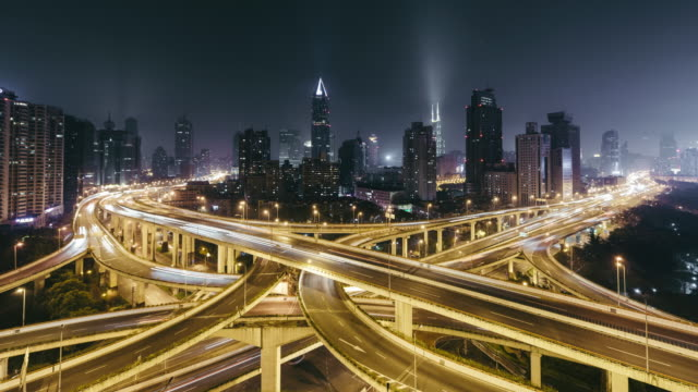 T/L WS HA Road Intersection at Night / Shanghai, China