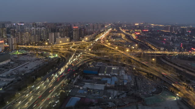 T/L WS HA TU Road Intersection, Sihui Bridge. Day to Night Transition / Beijing, China