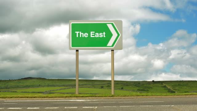 road to the east. - gruppo medio di animali video stock e b–roll