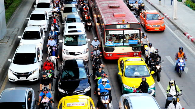 Straße und Verkehr in Bangkok