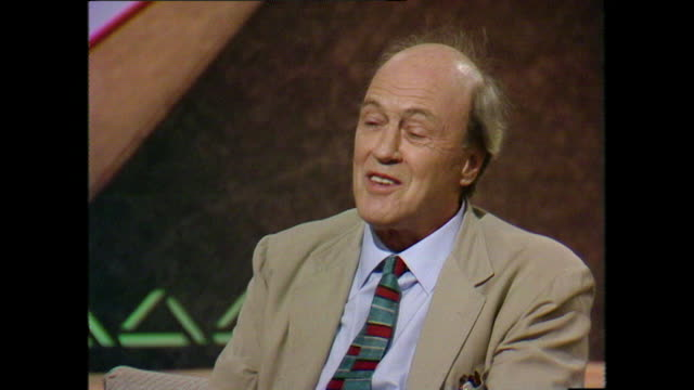 roald dahl responds to the suggestion that he looks too kindly to produce horror stories by saying 'you must never confuse the personal looks of any... - schriftsteller stock-videos und b-roll-filmmaterial