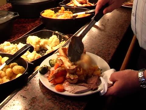 roast dinner - roast beef stock videos & royalty-free footage