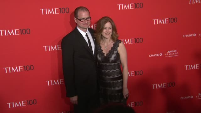 vídeos de stock, filmes e b-roll de rob bell and kristen bell at the time 100 gala time's 100 most influential people in the world at new york ny - evento anual