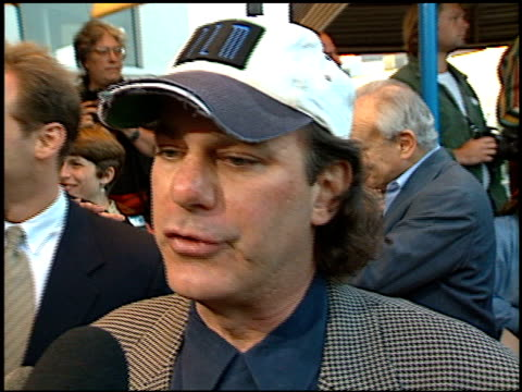 rob cohen at the 'dragonheart' premiere on may 28, 1996. - dragonheart stock videos & royalty-free footage