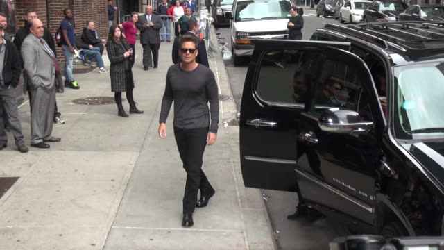 Rob Lowe arrives at the Late Show with David Letterman poses for photographers in Celebrity Sightings in New York