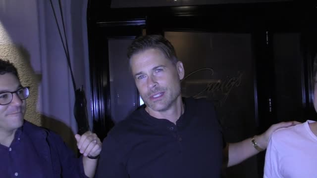 interview rob lowe fred savage talk about free kfc for life outside craig's restaurant in west hollywood in celebrity sightings in los angeles - rob lowe bildbanksvideor och videomaterial från bakom kulisserna