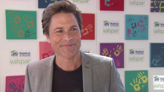 rob lowe on what hands for habitat is all about at the 'valspar hands for habitat' celebrity auction kickoff at new york ny - rob lowe stock videos & royalty-free footage