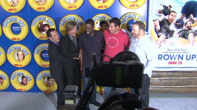 rob schneider , david spade, chris rock, adam sandler, kevin james at the special screening of 'grown ups' at new york ny. - デビッド スペード点の映像素材/bロール