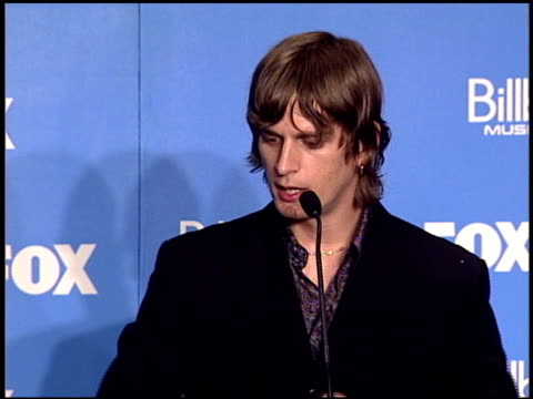 Rob Thomas at the 2000 Billboard Music Awards press room on December 5 2000