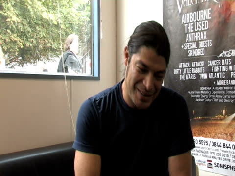rob trujillo, metallica on whether they'd like sonisphere to be an annual event at knebworth at the sonisphere day two at stevenage england. - メタリカ点の映像素材/bロール