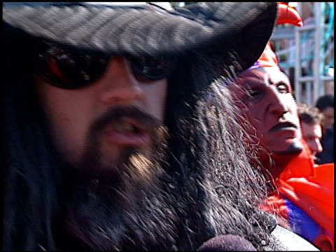 rob zombie at the 1998 mtv video music awards entrances at universal amphitheatre in universal city california on september 10 1998 - rob zombie stock videos & royalty-free footage