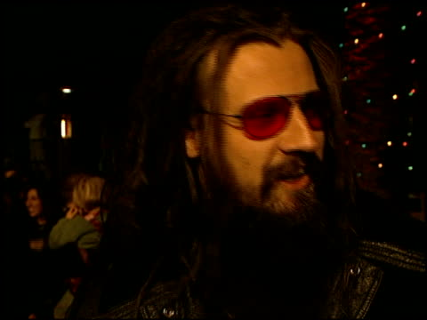 rob zombie at the 'how the grinch stole christmas' premiere at universal amphitheatre in universal city california on november 8 2000 - rob zombie stock videos & royalty-free footage