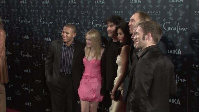 robert bailey jr., dakota fanning, neil gaiman, teri hatcher, henry selick, and travis knight at the premiere of focus features' 'coraline' at... - teri hatcher stock videos & royalty-free footage