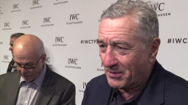 vídeos de stock e filmes b-roll de interview robert de niro talks about the new york city tradition of the tribeca film festival at iwc schaffhausen fourth annual for the love of... - festival de cinema tribeca