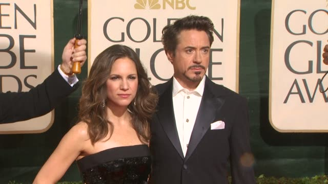 robert downey jr and guest at the 67th annual golden globe awards arrivals part 5 at beverly hills ca - ゴールデングローブ賞点の映像素材/bロール