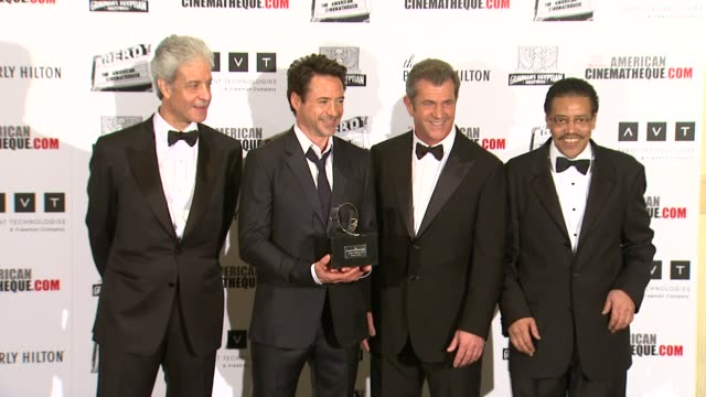 robert downey jr mel gibson at the the 25th annual american cinematheque award honoring robert downey jr at beverly hills ca - american cinematheque stock videos & royalty-free footage