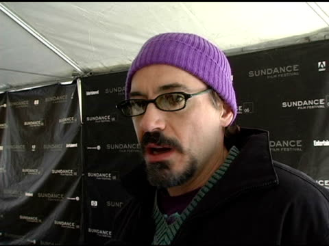vídeos de stock, filmes e b-roll de robert downey jr on what the film is about his character and how sundance gives independent artists a voice at the 2006 sundance film festival 'a... - festival de cinema de sundance
