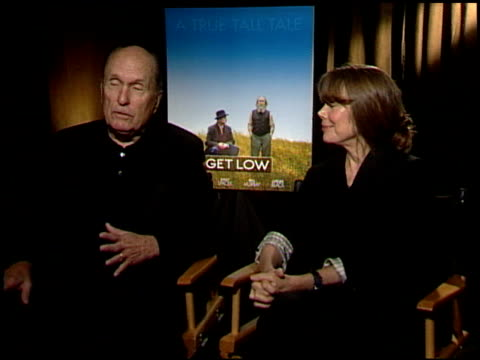 robert duvall and sissy spacek on what drew them to the film. at the 'get low' junket at los angeles ca. - sissy spacek stock videos & royalty-free footage
