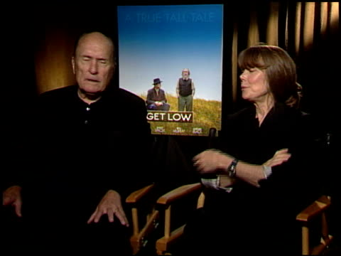 robert duvall and sissy spacek on working with the cast. at the 'get low' junket at los angeles ca. - sissy spacek stock videos & royalty-free footage