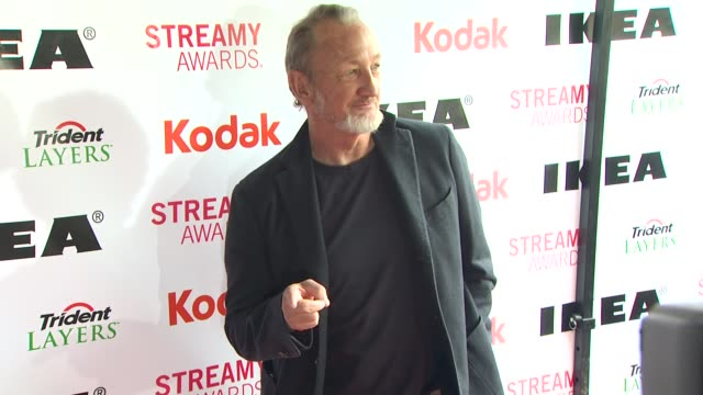 robert englund at the 2nd annual streamy awards at los angeles ca. - robert englund stock videos & royalty-free footage