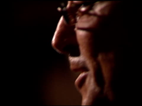 stockvideo's en b-roll-footage met robert evans at the 2000 producers guild of america awards at century plaza in century city california on march 3 2000 - producers guild of america