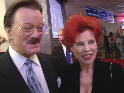 robert goulet and vera goulet on barry manilows concert at the barry manilow: music & passion opening night at las vegas hilton hotel in las vegas,... - vera goulet stock-videos und b-roll-filmmaterial