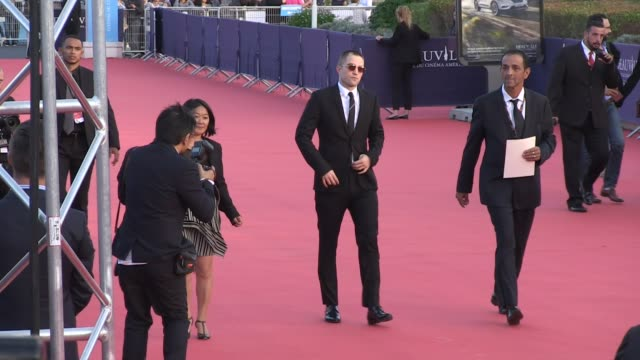 Robert Pattinson hommage on the red carpet of the 2017 Deauville film festival As well brother directors of Good Time movie Benny and Josh Safdie...