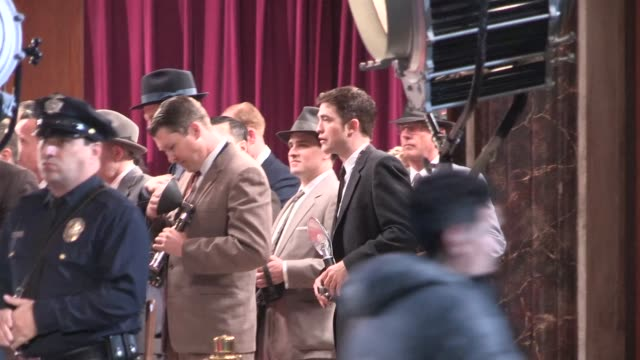 robert pattinson on the set of life at the pantages theatre in hollywood - celebrity sightings in los angeles on march 31, 2014 in los angeles,... - パンテージスシアター点の映像素材/bロール