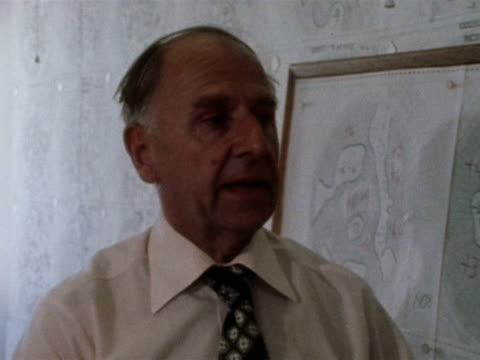 robert ratcliffe chief met office forecaster talks about the possibility of weather patterns changing during the 1976 drought crisis - 1976 stock videos and b-roll footage