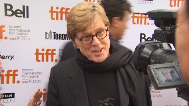vídeos de stock e filmes b-roll de robert redford at the 2010 toronto international film festival 'the conspirator' premiere at toronto on - robert redford