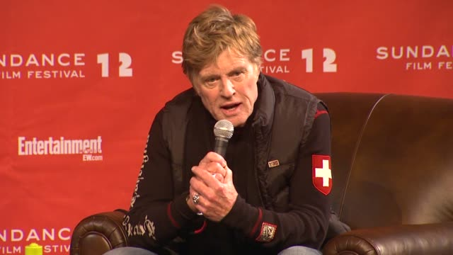 robert redford on dark time and artists at day 1 press conference of 2012 sundance film festival on 1/19/12 in park city utah - 1日目点の映像素材/bロール