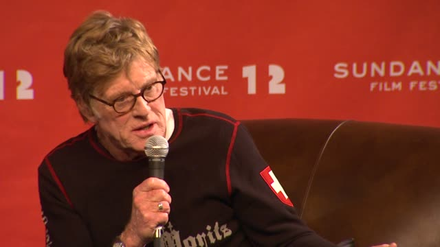 robert redford on documentaries at day 1 press conference of 2012 sundance film festival on 1/19/12 in park city utah - 1日目点の映像素材/bロール