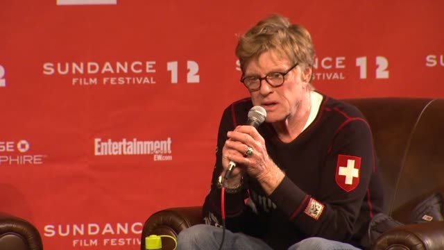 robert redford on independent filmmakers sacrifice at day 1 press conference of 2012 sundance film festival on 1/19/12 in park city utah - day 1 stock videos & royalty-free footage