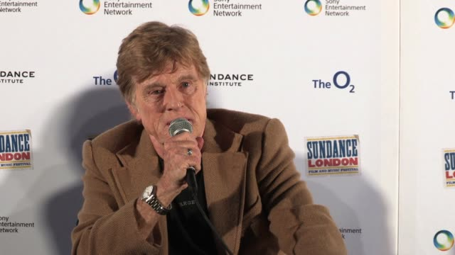 vídeos de stock e filmes b-roll de robert redford on the popularity and profitability of the festival at 02 arena on april 26 2012 in london england - robert redford