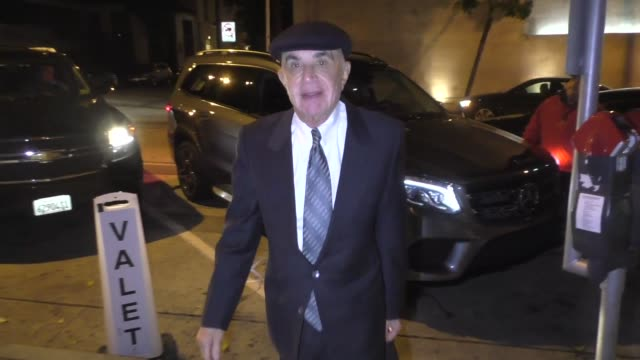 Robert Shapiro arrives for dinner at Craig's restaurant in West Hollywood in Celebrity Sightings in Los Angeles