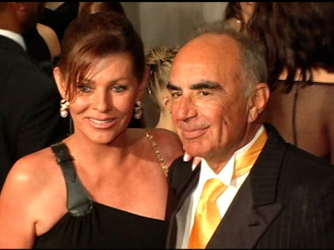 Robert Shapiro at the Inaugural Noche de Ninos Gala Honoring Jennifer Lopez at the Beverly Hilton in Beverly Hills California on October 2 2004