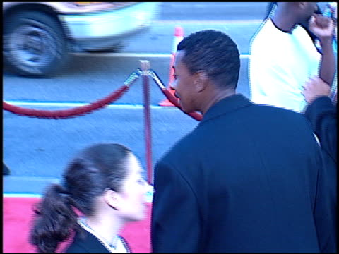 vidéos et rushes de robert townsend at the 'rush hour 2' premiere at grauman's chinese theatre in hollywood, california on july 26, 2001. - rush hour