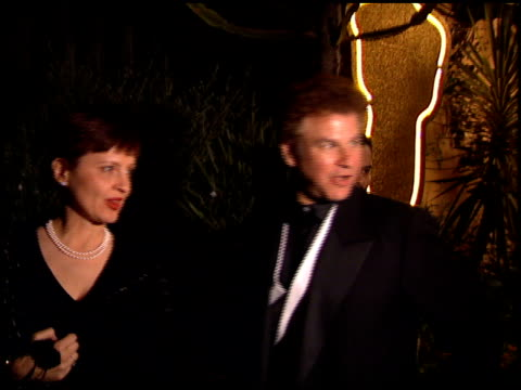 robert wuhl at the 1995 academy awards spago party at spago in beverly hills, california on march 27, 1995. - 67th annual academy awards stock videos & royalty-free footage