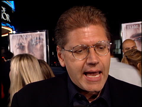 robert zemeckis at the 'cast away' premiere at the mann village theatre in westwood california on december 7 2000 - robert zemeckis stock videos and b-roll footage
