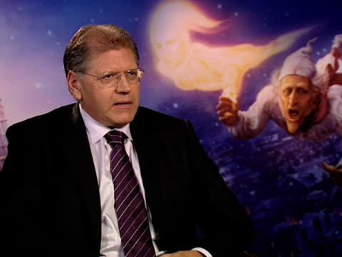robert zemeckis on how much attention to detail goes into this on how a lot of time and attention makes a film good on being tongue tied at the a... - robert zemeckis stock videos and b-roll footage